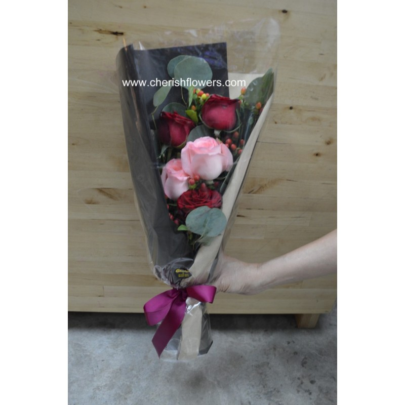 CC03 - Roses Bouquet (Cash & Carry)