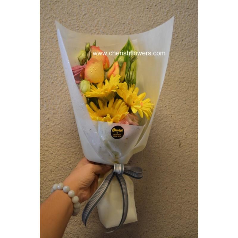 CC02 - Daisy & Rose Bouquet