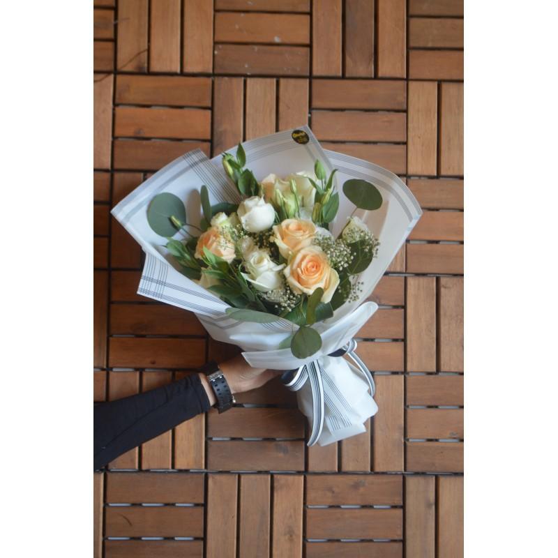 SB04 - Sentimental Bouquet