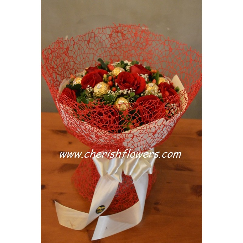 CB08 - Roses & Choc Net Bouquet