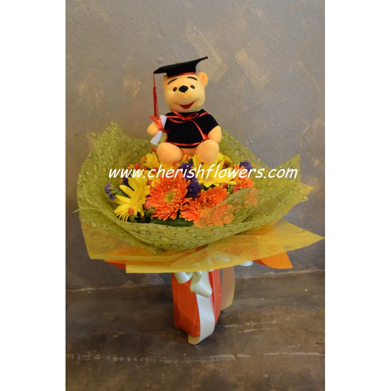 GB02 - Daisy Grad Bouquet