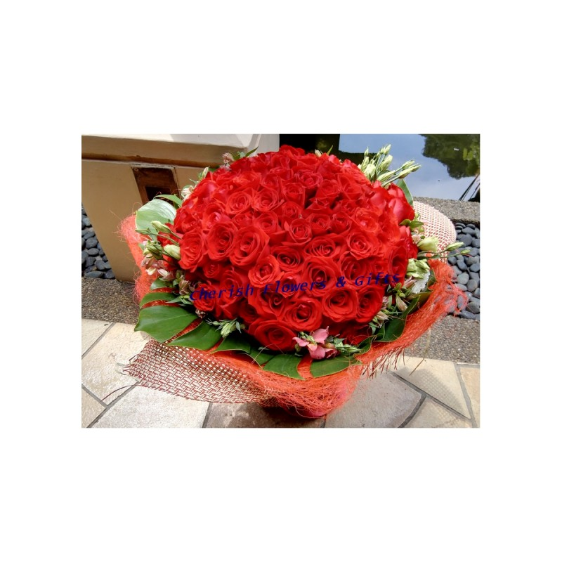 HB24- Passion Red Roses HB